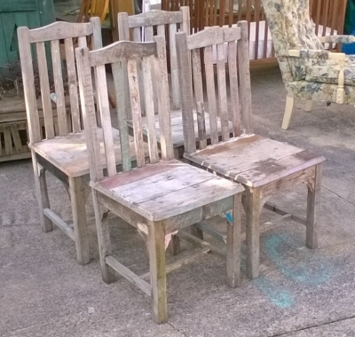 123 SET OF 4 RUSTIC BARNWOOD CHAIRS (2).jpg