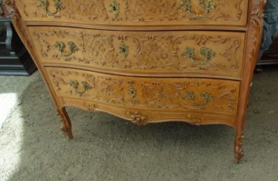 14D10005 LOUIS XV CARVED MARBLE TOP CHEST WITH MIRROR (2).JPG