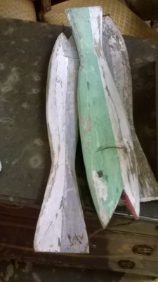 15I03 DECORATIVE FISHING LURES (1).jpg