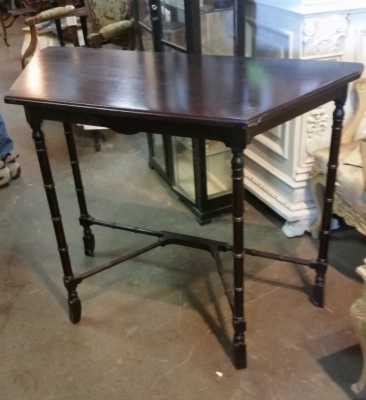 15I03 GUSTAV STICKLEY TABLE.jpg