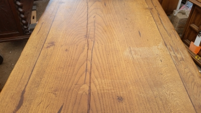 15I03 HEAVY OAK TRESTLE TABLE (2).jpg