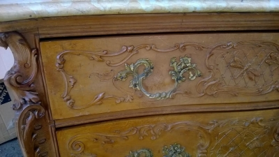 14D10005 LOUIS XV CARVED MARBLE TOP CHEST WITH MIRROR (8).jpg