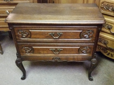 15I03 LOUIS XV 2 DRAWER STAND.jpg