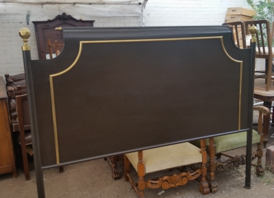 15I03 METAL KING SIZE BED WITH BRASS FINIALS (1).jpg