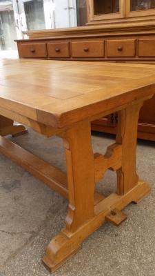 15I03 OAK TRESTLE TABLE (2).jpg