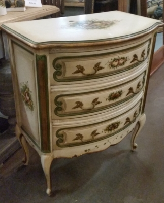 15I03 PAINETD LOUIS XV COMMODE (3).jpg