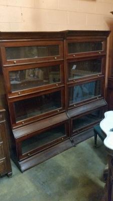 15I03 PAIR OF BOOKCASES (2).jpg