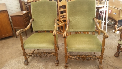 15I03 PAIR OF FRENCH THRONE CHAIRS (1).jpg