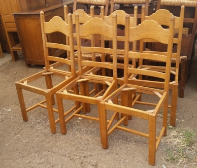 15I03 SET OF SIX RUSTIC CHAIRS.jpg