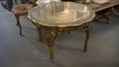 15I04 ITALIAN CARVED PAINTED COCKTAIL TABLE.jpg