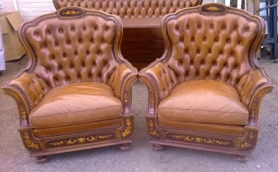 14D10008 ITALIAN BAROQUE LEATHER ARM CHAIRS (2).jpg