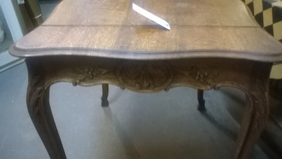15I12  LOUIS XV CENTER TABLE  (2).jpg
