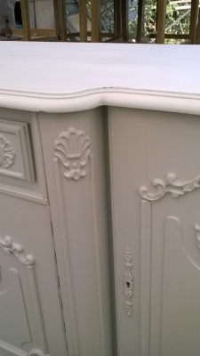 15I12  PAINTED FRENCH SIDEBOARD (3).jpg