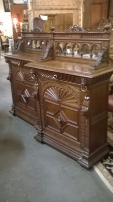 15I12  PAIR OF FRENCH MECHILIN CABINETS (1).jpg
