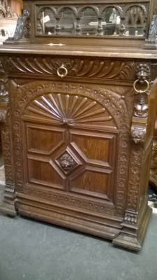 15I12  PAIR OF FRENCH MECHILIN CABINETS (5).jpg