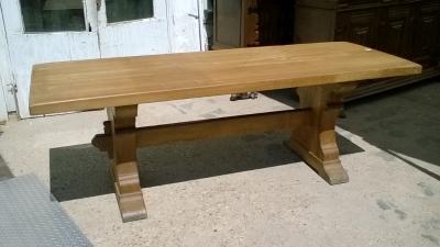 15I15 HEAVY OAK TRESTLE TABLE (1).jpg