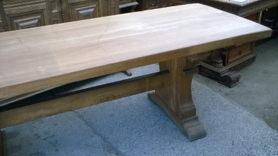 15I15 HEAVY OAK TRESTLE TABLE (8).jpg