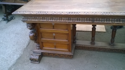 15I15 MAGNIFICENT FRENCH DESK (6).jpg