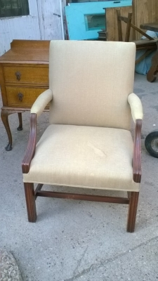 15I27 CHINESE CHIPPENDALE ARM CHAIR (1).jpg