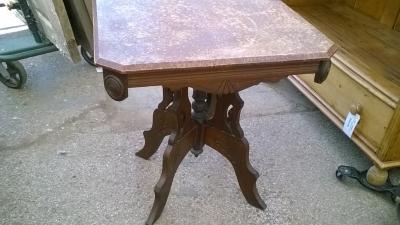 15I30 victorian table (2).jpg