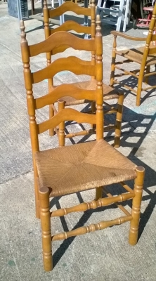 KAP SET OF 6 VINTAGE RUSH SEAT MAPLE CHAIRS (2).jpg