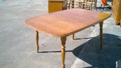 KAP VINTAGE MAPLE TABLE WITH 2 LEAVES (1).jpg