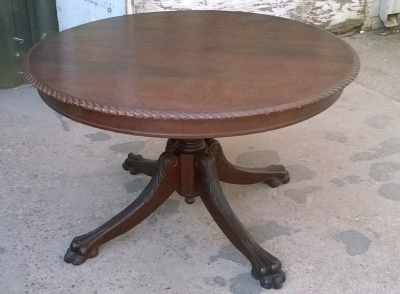 15J04102 MAHOGANY TILTTOP TABLE WITH PAW FEET (1).jpg