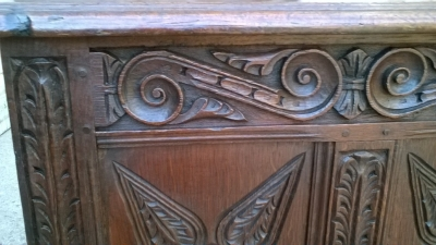 15J04118 CARVED OAK PANELED COFFER (2).jpg