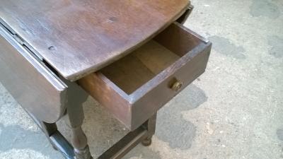 15J04122 LARGE ENGLISH OAK DROPLEAF TABLE (3).jpg