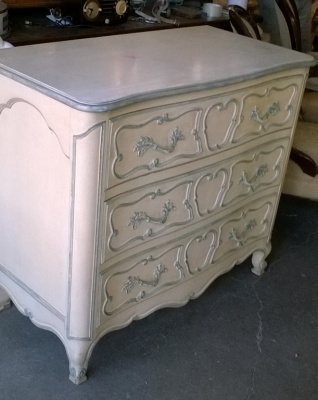 36- PAINTED LOUIS XV CHEST.jpg