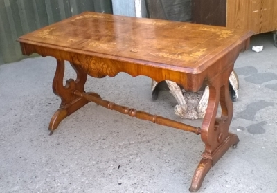 15J15 ITALIAN MARQUETRY WRITING TABLE (1).jpg