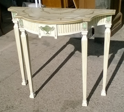 15J15 PAINTED CONSOLE (1).jpg