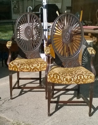15J15 PAIR OF BEAUTIFUL REGENCY ARM CHAIRS (2).jpg