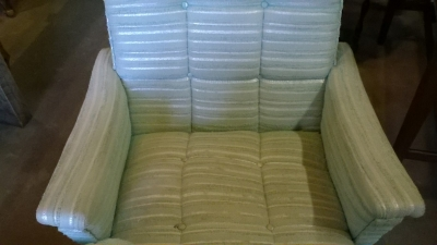 15J15 PAIR OF MIDCENTURY ARM CHAIRS (3).jpg