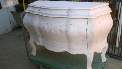 15K02 ITALIAN BOMBAY PAINTED COMMODE (1).jpg