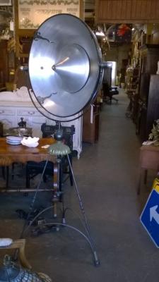 15K02 SATELLITE STYLE FLOOR LAMP (2).jpg