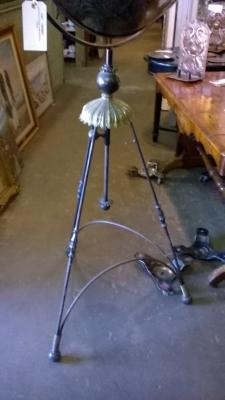 15K02 SATELLITE STYLE FLOOR LAMP (4).jpg