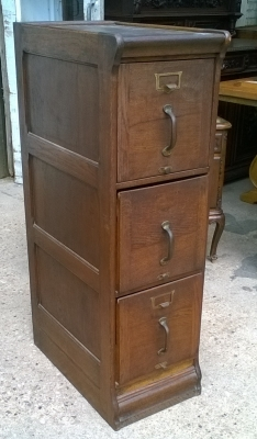 15K11300 3 DRAWER OAK FILE CABINET (1).jpg