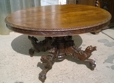 15K11300 DOG BASE PEDESTAL TABLE (1).jpg