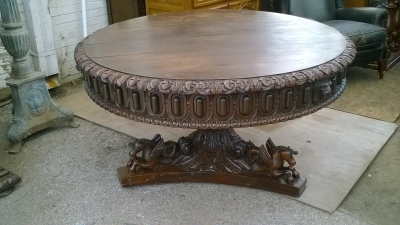 15K11300 MARVELOUS SEAHORSE BASE TABLE (1).jpg