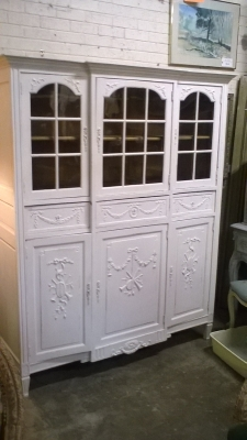 15G PAINTED LOUIS XVI CHINA CABINET (1).jpg