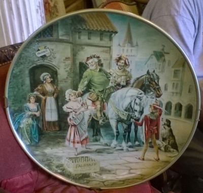 15K11 FALSTAFF ADVERTISING TRAY.jpg