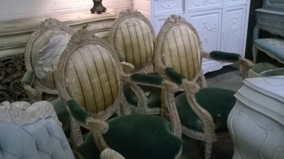 15K11 SET OF 4 LOUIS XVI PAINTED ARM CHAIRS (2).jpg