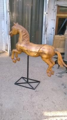 15K18008 MOUNTE DCAROUSEL STYLE HORSE (1).jpg