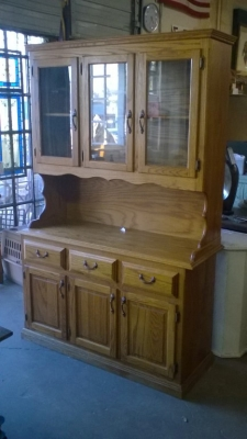 15K18901 NOT OLD OAK HUTCH-GREAT PAINTED.jpg