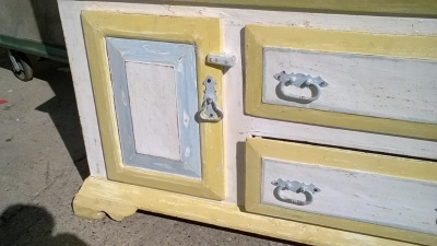 15K19152 PAINTED 2 PIECE HUTCH (2).jpg