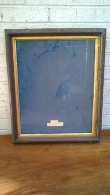 15K24571 BLACK AND GILT FRAME WITH GLASS.jpg
