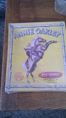 15K24587 ANNIE OAKLEY COSTUME.jpg
