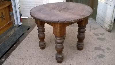 15K24592 ROUND STAR TABLE (1).jpg