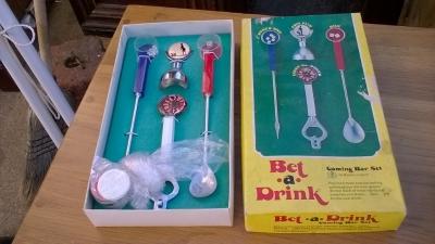 15K24659 VINTAGE BET A DRINK GAME.jpg